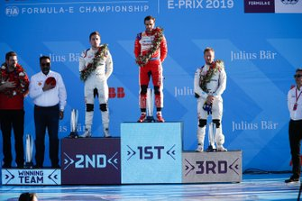 Robin Frijns, Envision Virgin Racing, 2nd position, Jérôme d'Ambrosio, Mahindra Racing, 1st position, Sam Bird, Envision Virgin Racing, 3rd position, on the podium