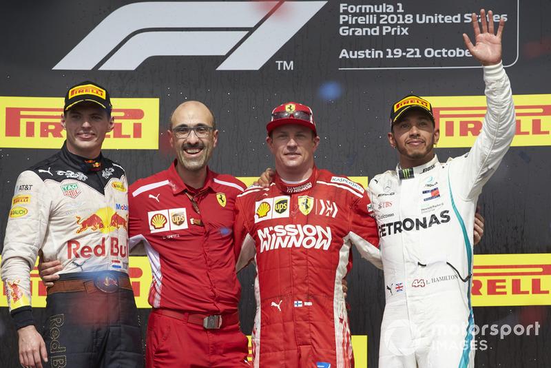 Ki-ka: Max Verstappen, Red Bull Racing, Carlos Santi, Race Engineer, Ferrari, Kimi Raikkonen, Ferrari, dan Lewis Hamilton, Mercedes AMG F1
