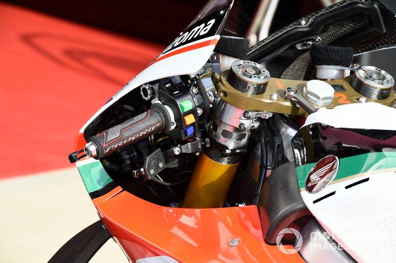 Detalle de la moto del Team LCR Honda
