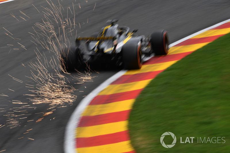 18: Ніко Хюлькенберг, Renault Sport F1 Team R.S. 18 (штраф)