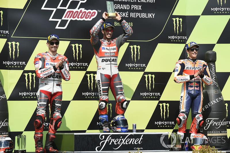 Podio: 1º Andrea Dovizioso, 2º Jorge Lorenzo, 3º Marc Marquez