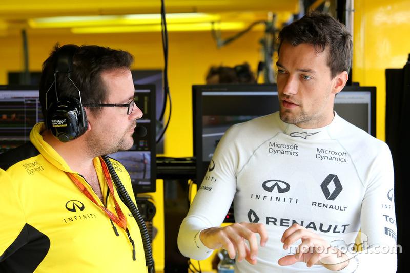 Julien Simon-Chautemps, Renault Sport F1 Team Yarış Mühendisi ve Jolyon Palmer, Renault Sport F1 Te
