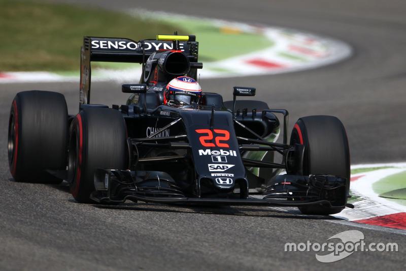 14. Jenson Button, McLaren Honda MP4-31