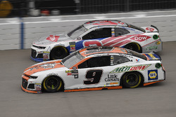Chase Elliott, Hendrick Motorsports, Chevrolet Camaro Mountain Dew / Little Caesars and Austin Dillon, Richard Childress Racing, Chevrolet Camaro Dow Salutes Veterans