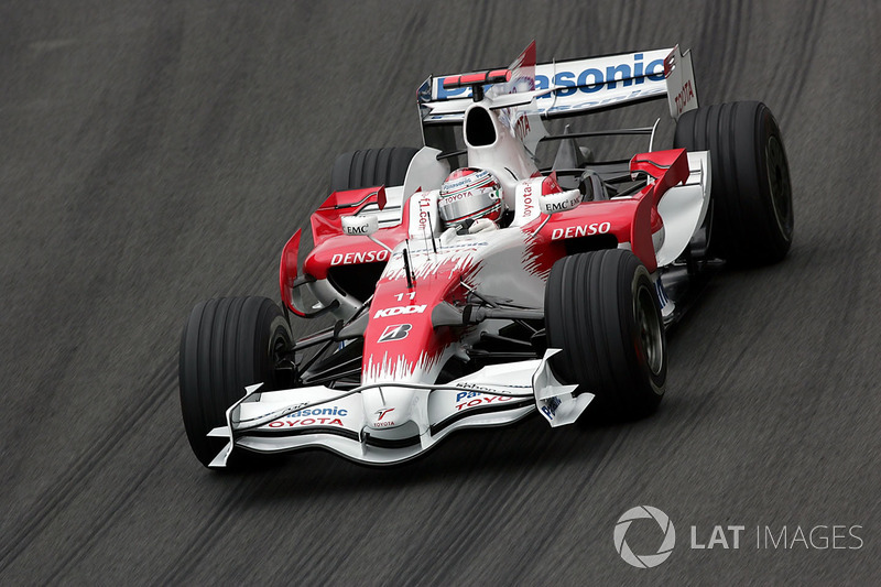 "<img src=""https://cdn-8.motorsport.com/static/img/cfp/0/0/0/100/108/s3/italy-2.jpg"" alt="""" width=""20"" height=""12"" />Ярно Трулли, Toyota (31 очко, один подиум)"