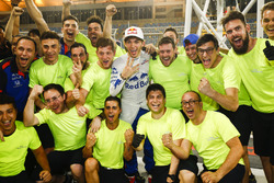 Pierre Gasly, Toro Rosso, celebrates 4th place with his team