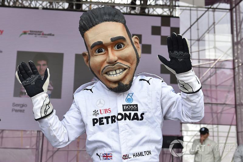 Guiñol de Lewis Hamilton, Mercedes-AMG F1