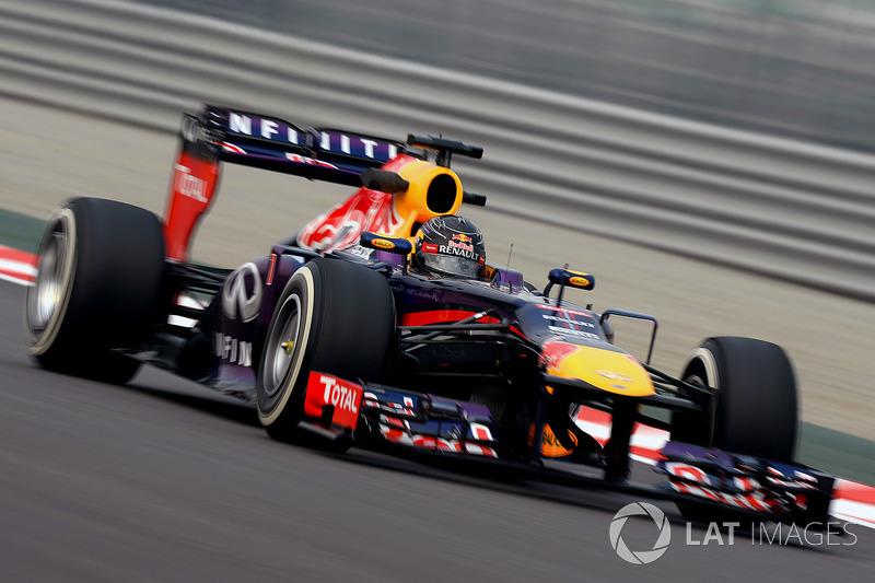 2013 : Red Bull RB9, motor Renault