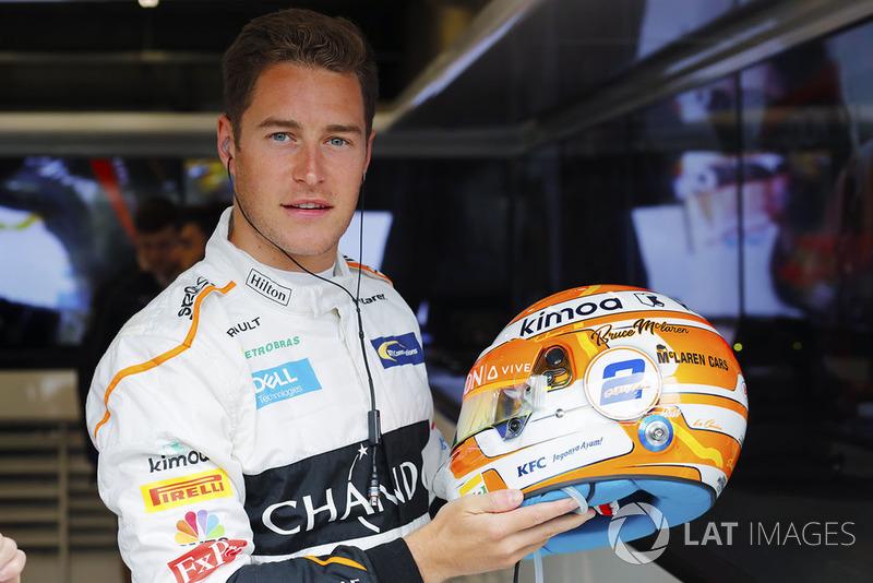 Stoffel Vandoorne, McLaren, avec un nouveau casque en hommage à Bruce McLaren