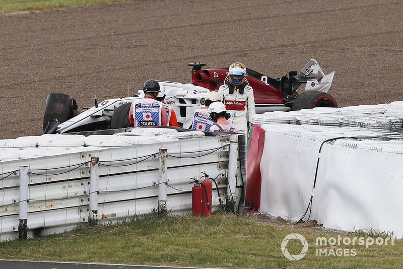 Marcus Ericsson, Sauber C37 sufre un accidente