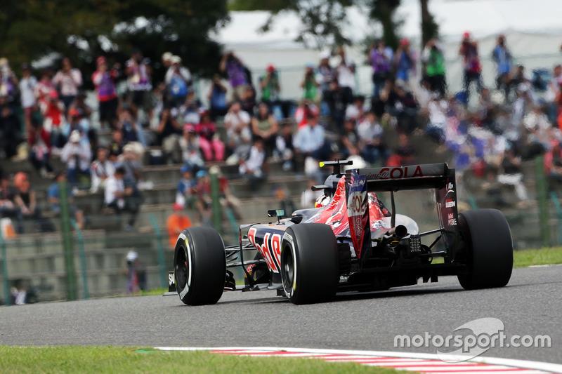14. Carlos Sainz Jr., Scuderia Toro Rosso STR11