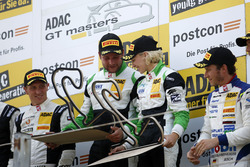 Podium: Sieger #50 YACO Racing, Audi R8 LMS: Philip Geipel, Rahel Frey