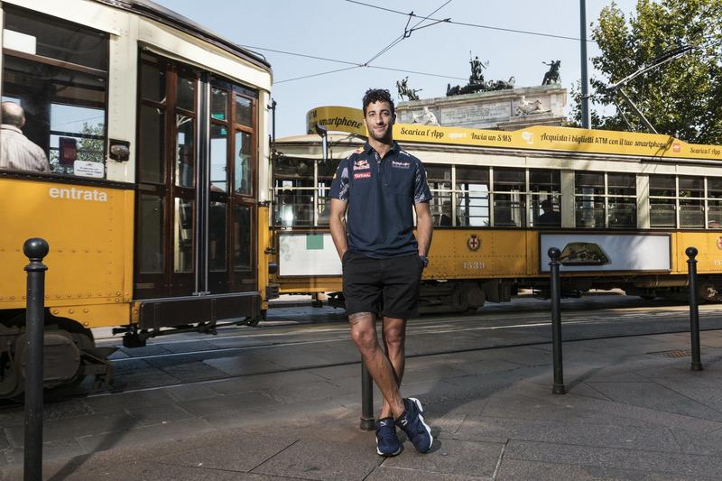 Daniel Ricciardo vor dem Arco della Pace