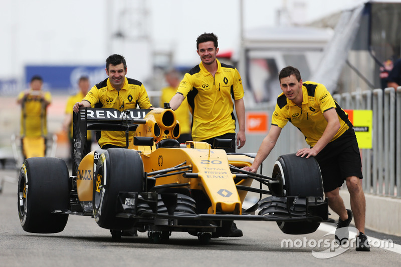 the renault sport f1 team rs16 is pushed down the pitlane at bahrain gp. Black Bedroom Furniture Sets. Home Design Ideas