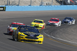 Brad Keselowski, Team Penske Ford and Kyle Busch, Joe Gibbs Racing Toyota