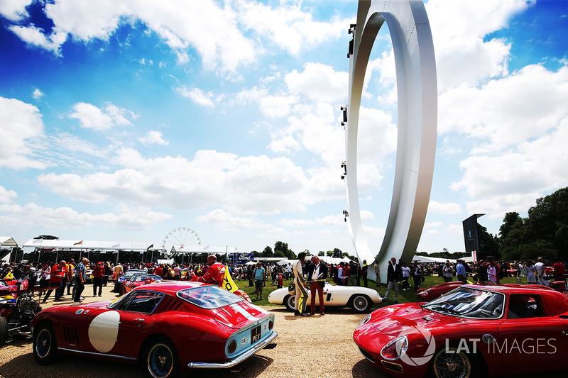 Торжество по случаю 70-летия Ferrari