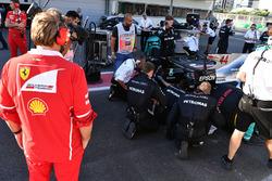 Ferrari engineer watch the car of Lewis Hamilton, Mercedes AMG F1 W08