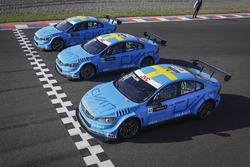 Nicky Catsburg, Thed Björk, Nestor Girolami, Polestar Cyan Racing, Volvo S60 Polestar durante le qualifiche MAC3