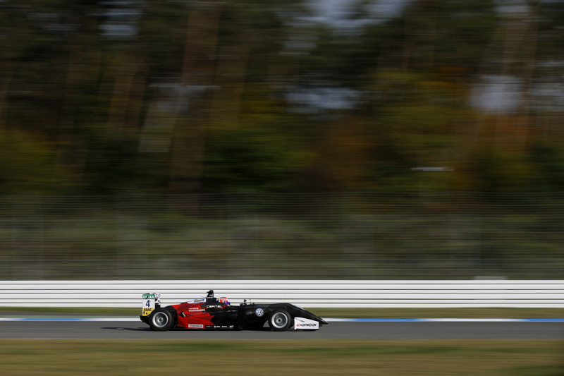 Juri Vips, Motopark Dallara F317 - Volkswagen