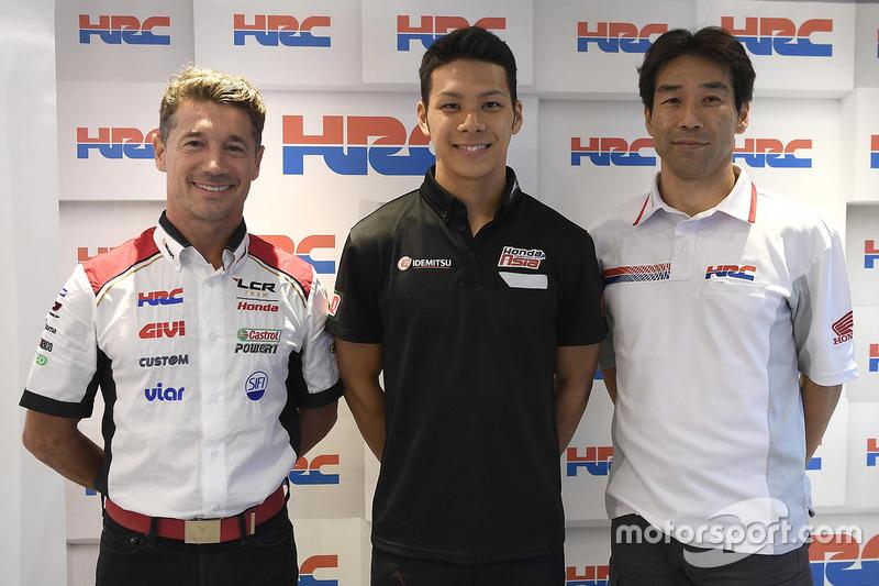 Lucio Cecchinello, LCR Honda Team Principal, Takaaki Nakagami, Tetsuhiro Kuwata, HCR Director
