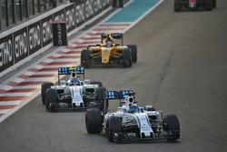 Фелипе Масса, Williams FW38, и Валттери Боттас, Williams FW38
