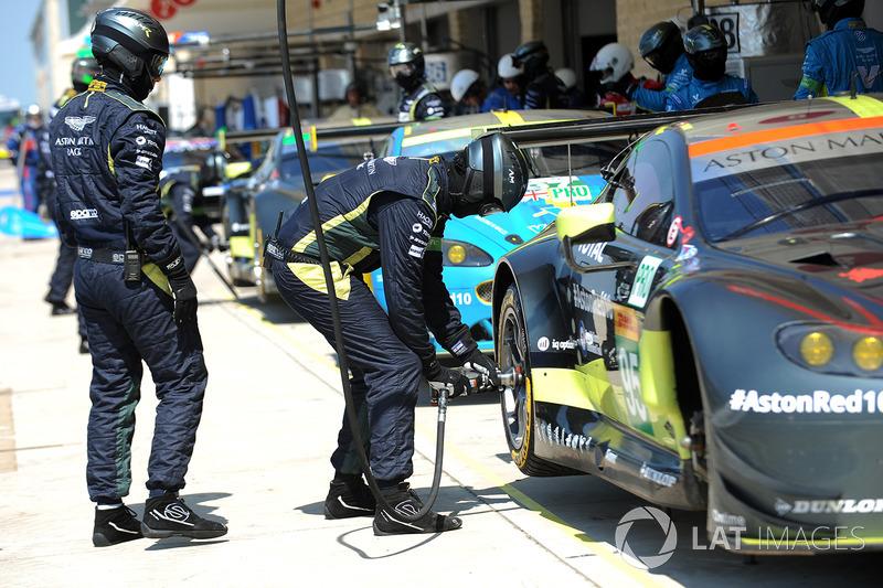 Box: Aston Martin Racing