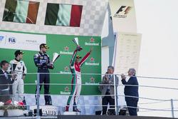 2. Sergio Sette Camara, MP Motorsport; 3. Antonio Fuoco, PREMA Powerteam