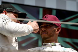 Valtteri Bottas, Mercedes AMG F1 and Lewis Hamilton, Mercedes AMG F1