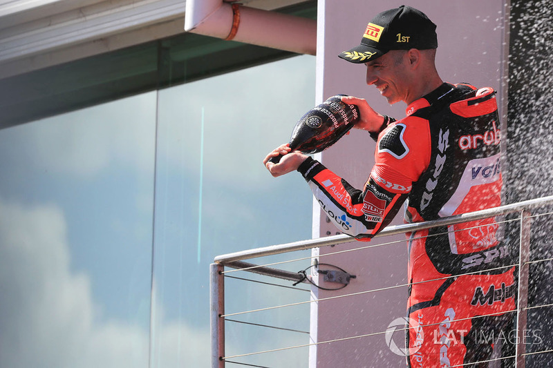 Podium: pemenang balapan Marco Melandri, Aruba.it Racing-Ducati SBK Team