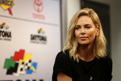 Charlize Theron, Honorary starter