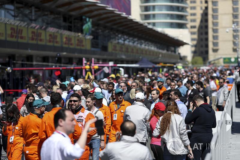 Fans di pit lane