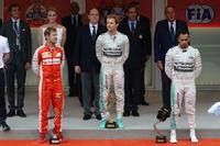 Подіум: переможець Ніко Росберг (Mercedes AMG), другий призер Себастьян Феттель (Ferrari), третій призер Льюіс Хемілтон (Mercedes AMG)