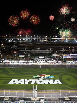 Des feux d'artifice au-dessus de Daytona