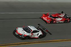 #912 Porsche Team North America Porsche 911 RSR: Gianmaria Bruni, Laurens Vanthoor, Earl Bamber, #31 Action Express Racing Cadillac DPi: Felipe Nasr, Eric Curran, Mike Conway, Stuart Middleton