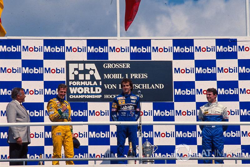 Podyum: Yarış galibi Alain Prost, Williams, 2. Michael Schumacher, Benetton, 3. Mark Blundell, Ligie