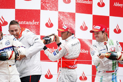 Podium: race winner Lewis Hamilton, McLaren MP4-23, second place Nick Heidfeld, BMW Sauber F1.08, third place Rubens Barrichello, Honda RA108, Martin Whitmarsh, Chief Operating Officer, McLaren Group