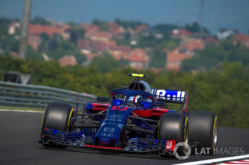 Pierre Gasly, Scuderia Toro Rosso STR13 Pierre Gasly, Scuderia Toro Rosso STR13