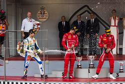 Подиум: Ландо Норрис, Carlin, Антонио Фуоко и Луи Делетраз, Charouz Racing System
