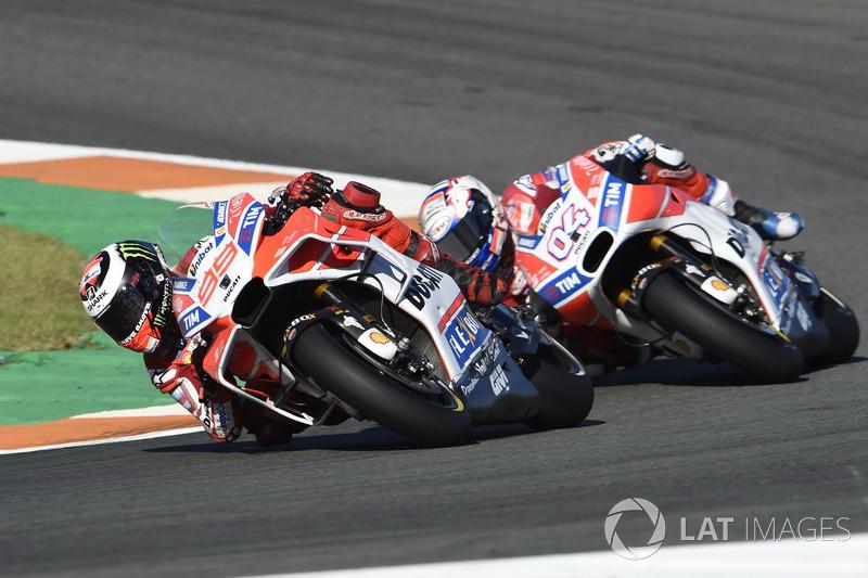 Ducati Desmosedici 2017 - Jorge Lorenzo ve Andrea Dovizioso