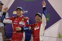 Podyum LMGTE Pro: yarış galibi Davide Rigon, Sam Bird, AF Corse