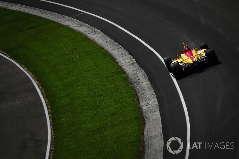 14: Ryan Hunter-Reay, Andretti Autosport Honda, 226.788