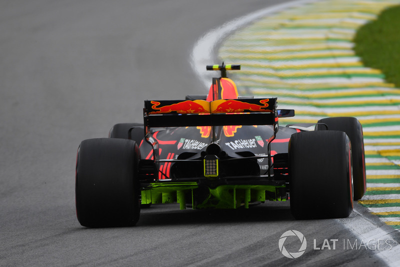 tech gallery how the red bull rb13 evolved throughout 2017. Black Bedroom Furniture Sets. Home Design Ideas