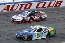 Joey Logano, Team Penske, Ford Mustang Discount Tire Christopher Bell, Joe Gibbs Racing, Toyota Camry GameStop TurtleBeach