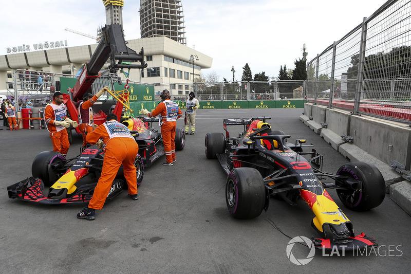 Los autos de Daniel Ricciardo, Red Bull Racing RB14 y Max Verstappen, Red Bull Racing RB14