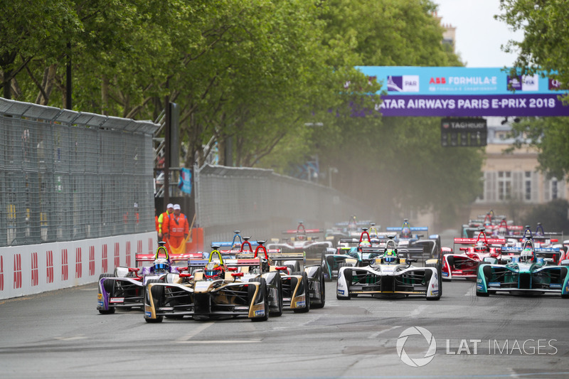 Arrancada Jean-Eric Vergne, Techeetah, leading Sam Bird, DS Virgin Racing, Andre Lotterer, Techeetah, Maro Engel, Venturi Formula E Team