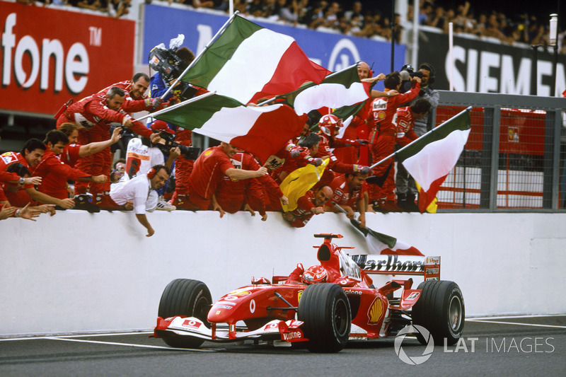 Переможець гонки іхаель Шумахер, Ferrari F2004