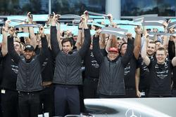 Lewis Hamilton, Toto Wolff und Niki Lauda