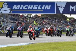 Start action, Marc Marquez, Repsol Honda Team leads