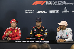 Sebastian Vettel, Ferrari, Daniel Ricciardo, Red Bull Racing and Lewis Hamilton, Mercedes-AMG F1 in the Press Conference