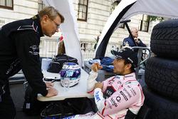 Mika Hakkinen, Sergio Perez, Force India
